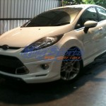  Ford Fiesta Sedan (4 )  V.1