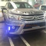 ลิ้นหน้า Toyota Hilux Revo ทรง V.1