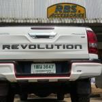 ครอบกันชนท้าย Toyota Hilux Revo ทรง RBS